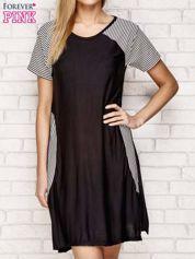 Czarna sukienka z wstawkami w paski