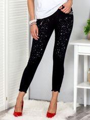Czarne spodnie z perełkami i dżetami