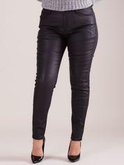 Czarne woskowane spodnie PLUS SIZE