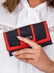 Czarno-czerwony portfel z przeszyciami