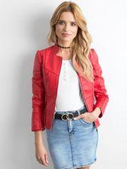 Czerwona kurtka z imitacji skóry