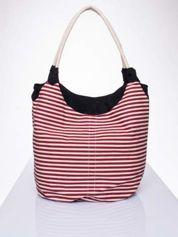 Czerwona plażowa torba hobo w paski na sznurku