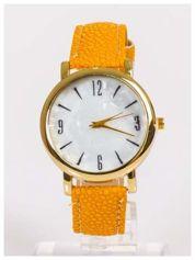 Damski zegarek z dużą i wyraźną perłową tarczą CAMEL