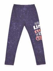 Butik Dekatyzowane legginsy dziewczęce z nadrukiem tekstowym granatowe