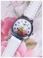 Dziecięcy biały zegarek z Pandą