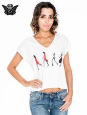 Ecru krótki t-shirt z nadrukiem sylwetek kobiet
