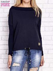 Granatowa bluza z szerokim ściągaczem i troczkami