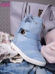 Jasnoniebieskie zamszowe sneakersy bandage z klamerką