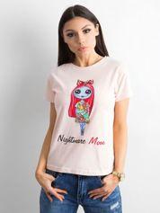 Jasnoróżowa koszulka z kolorowym printem