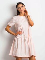Jasnoróżowa sukienka Style-conscious