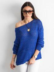 Kobaltowy sweter z metaliczną nicią