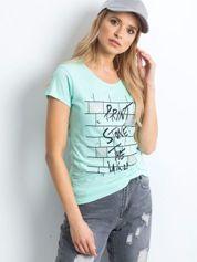 Miętowa koszulka damska z nadrukiem