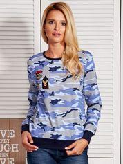 Niebieska bluza damska moro z naszywkami