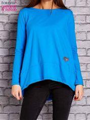 Niebieska bluzka z wiązaniem na plecach