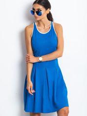 Niebieska rozkloszowana sukienka z dekoltem typu bokserka