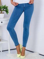 Niebieskie dopasowane jeansy high waist ze stretchem