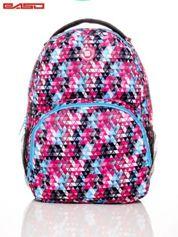 Plecak szkolny w kolorowe trójkąty