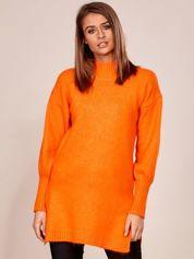 Pomarańczowy długi sweter z szerokimi ściągaczami