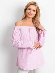 Różowa bluzka w paski z perełkami