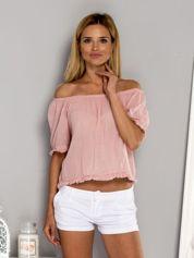 Różowa bluzka z etnicznym wykończeniem