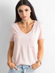 Różowy t-shirt z kieszonką