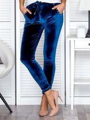 Spodnie dresowe welurowe z diamencikami przy kieszeniach turkusowe