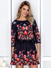 Sukienka czarna w kolorowe etniczne kwiaty
