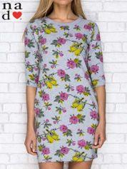 Sukienka dresowa z nadrukiem kwiatów i ptaszków szara