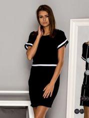 Sukienka dzienna z kontrastowymi wstawkami czarna