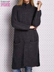 Sweter o szerokim splocie ciemnoszary