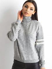 Szary damski sweter z golfem