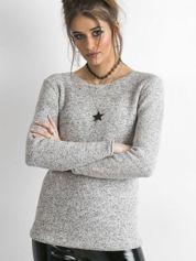 Szary sweter melanżowy