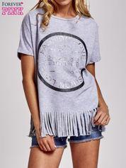 Szary t-shirt z nadrukiem i frędzlami