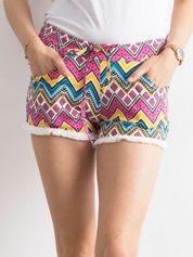 Szorty w kolorowe azteckie wzory