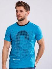 T-shirt dla mężczyzny z nadrukiem niebieski