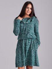 Zielona melanżowa sukienka z troczkami