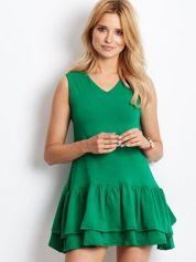 Zielona sukienka z warstwowymi falbanami