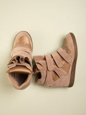 Złote zamszowe sneakersy na  rzepy Axis z wstawkami