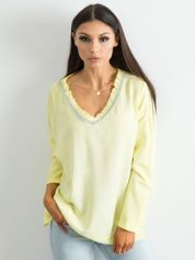 Żółta luźna bluzka w serek