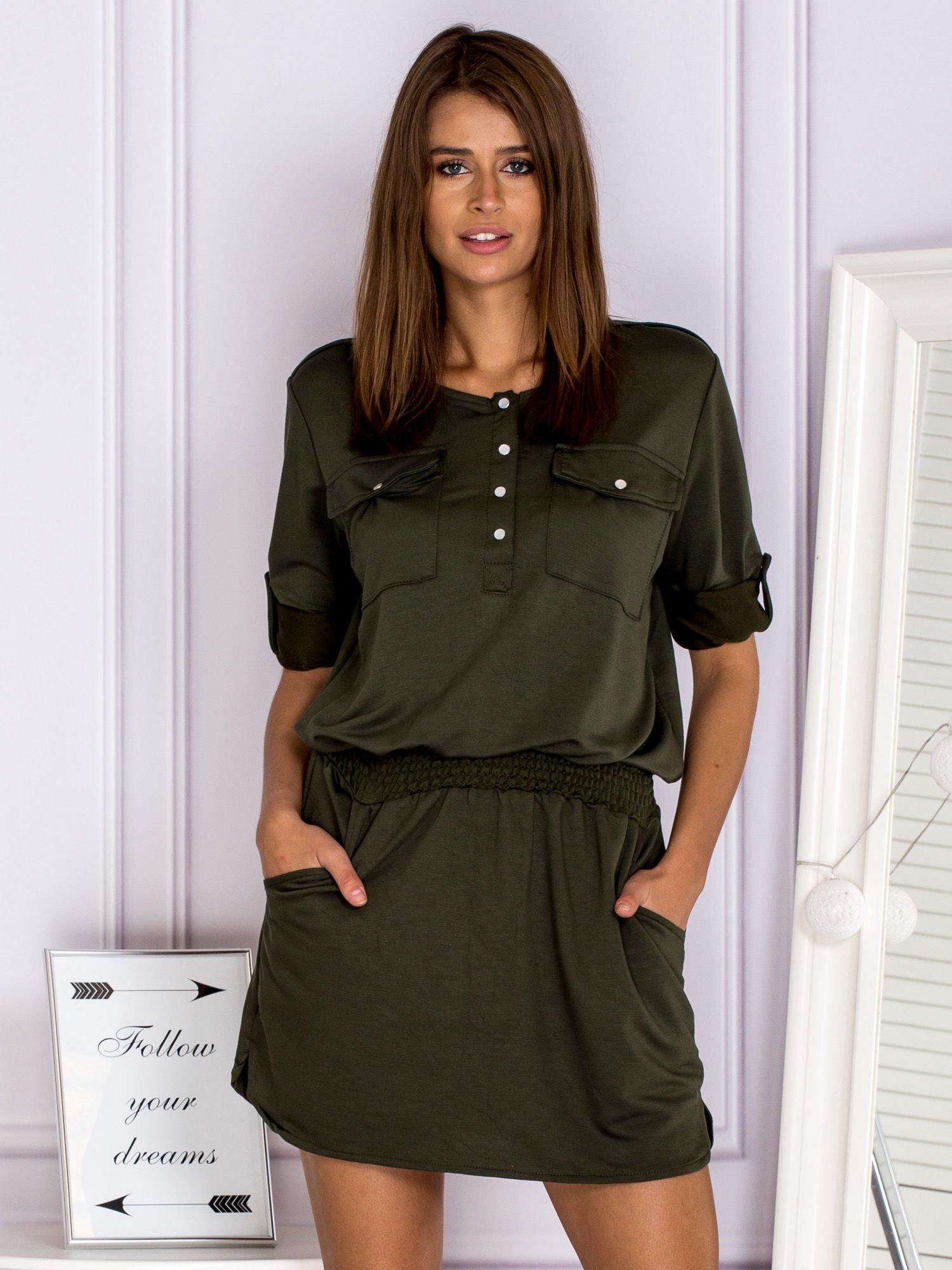 12dfb9a283 Bawełniana sukienka z gumką w pasie khaki - Sukienka na co dzień ...