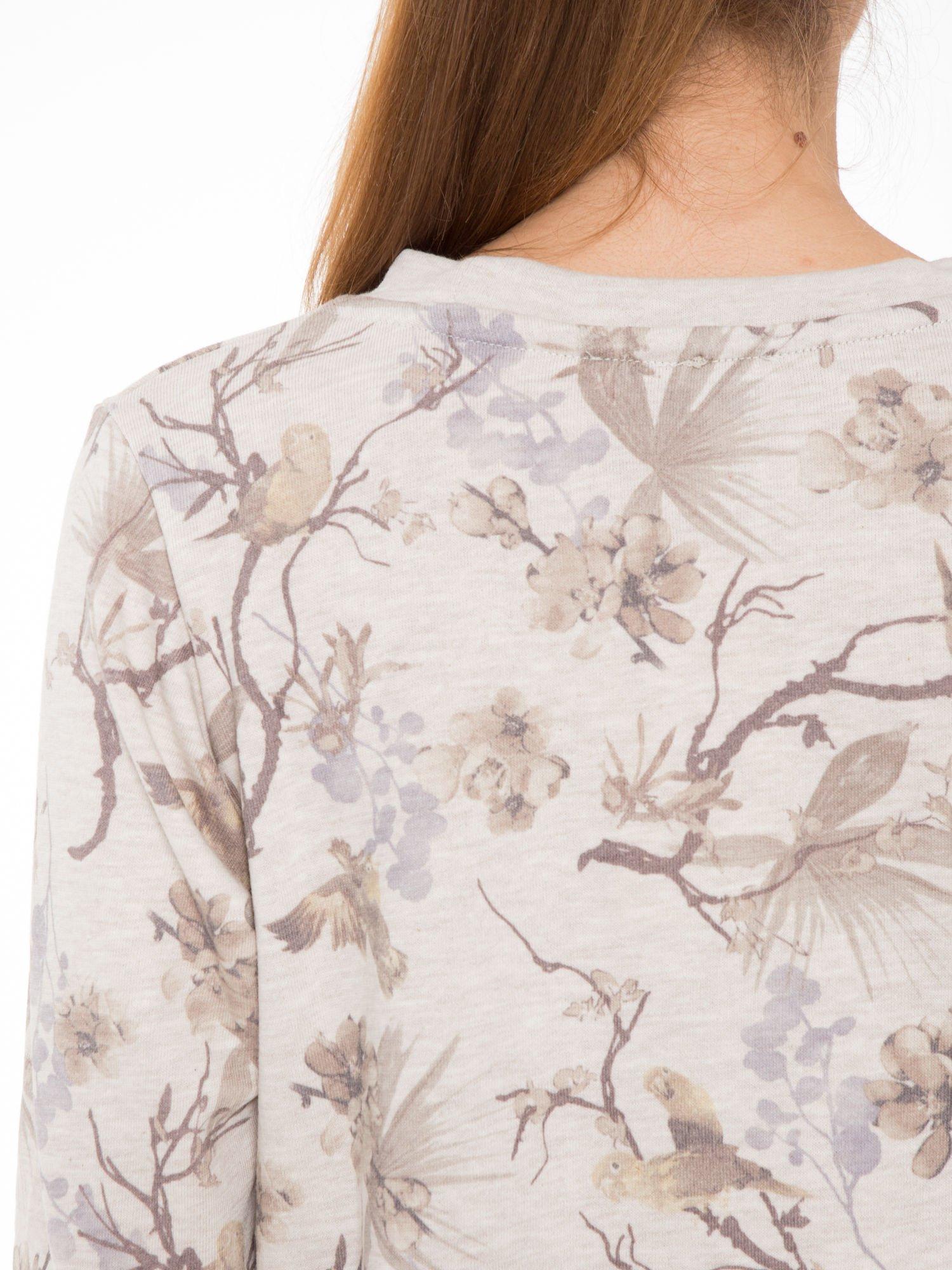 Beżowa bluza z nadrukiem all over floral print                                  zdj.                                  7