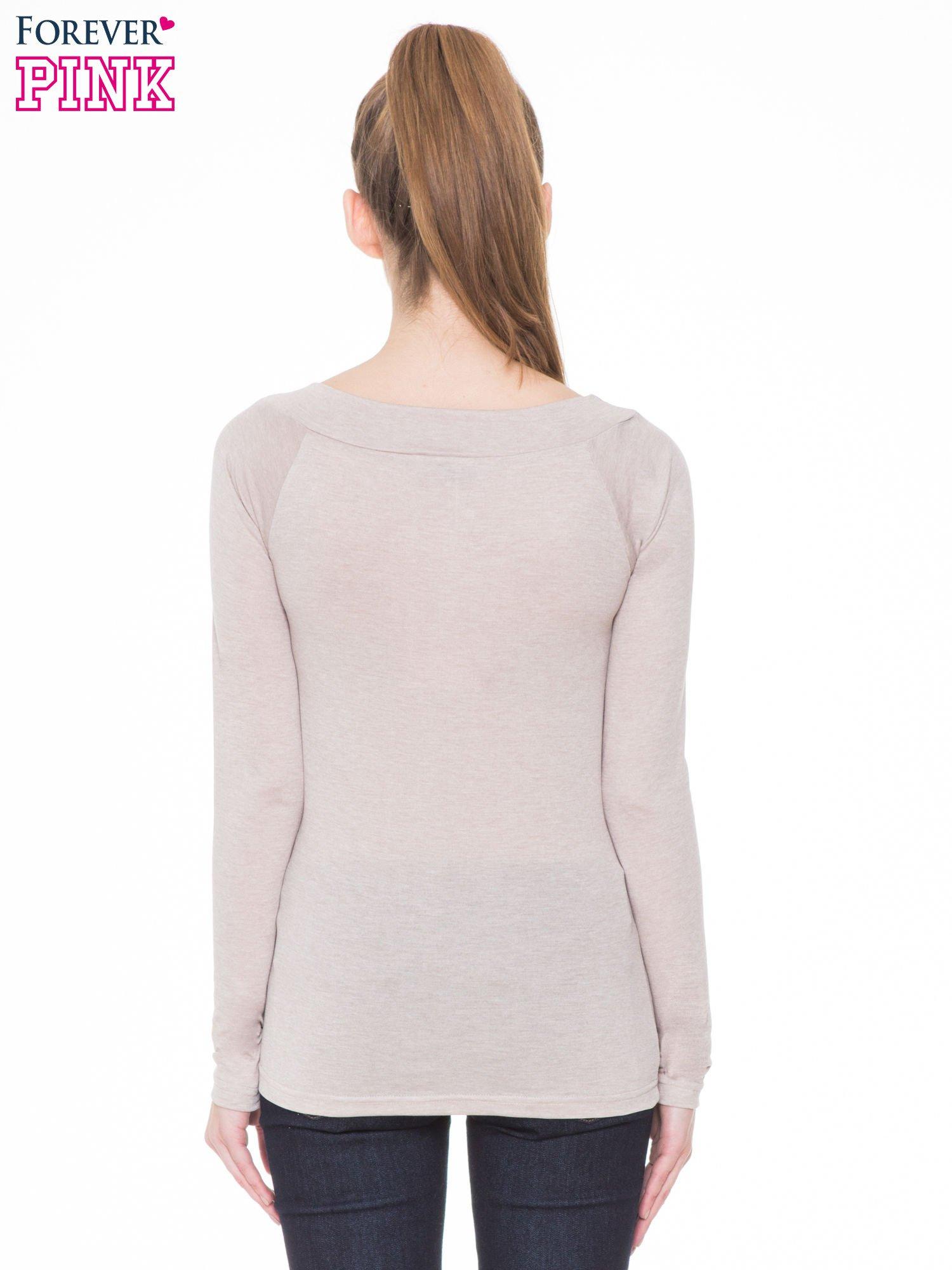 Beżowa gładka bluzka z reglanowymi rękawami                                  zdj.                                  4