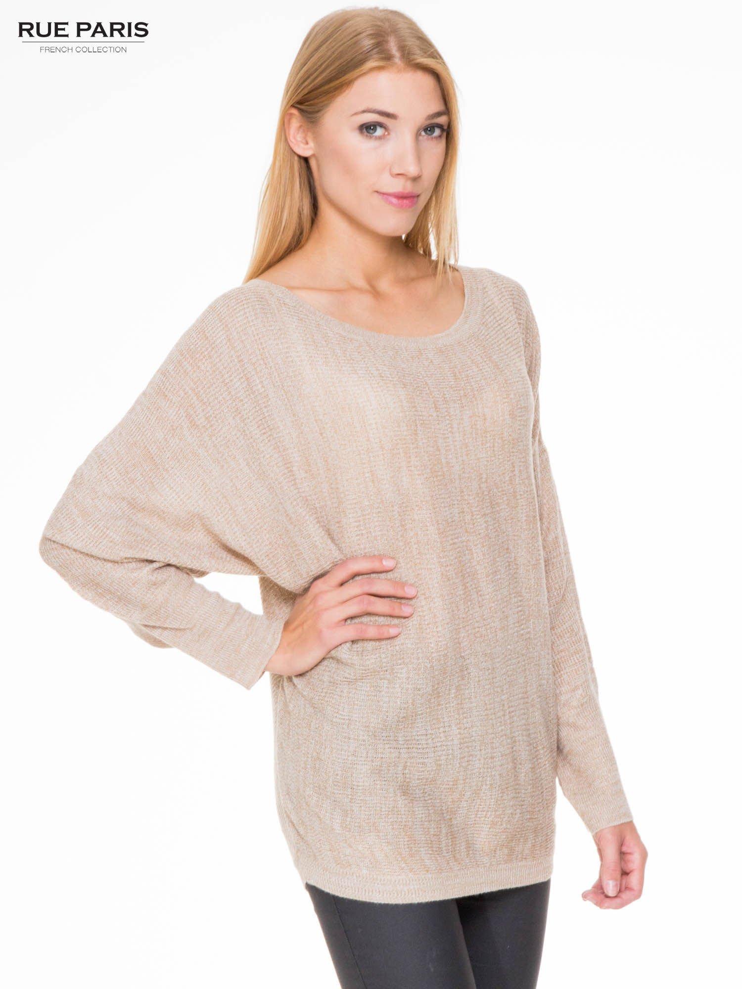 Beżowy sweter z nietoperzowymi rękawami                                  zdj.                                  1