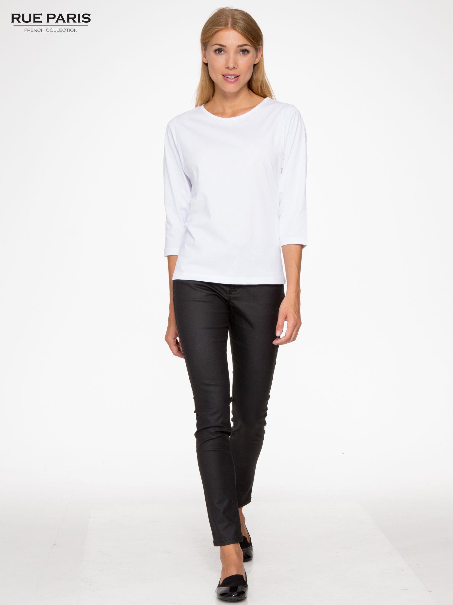 Biała basicowa bluzka z rękawem 3/4                                  zdj.                                  2
