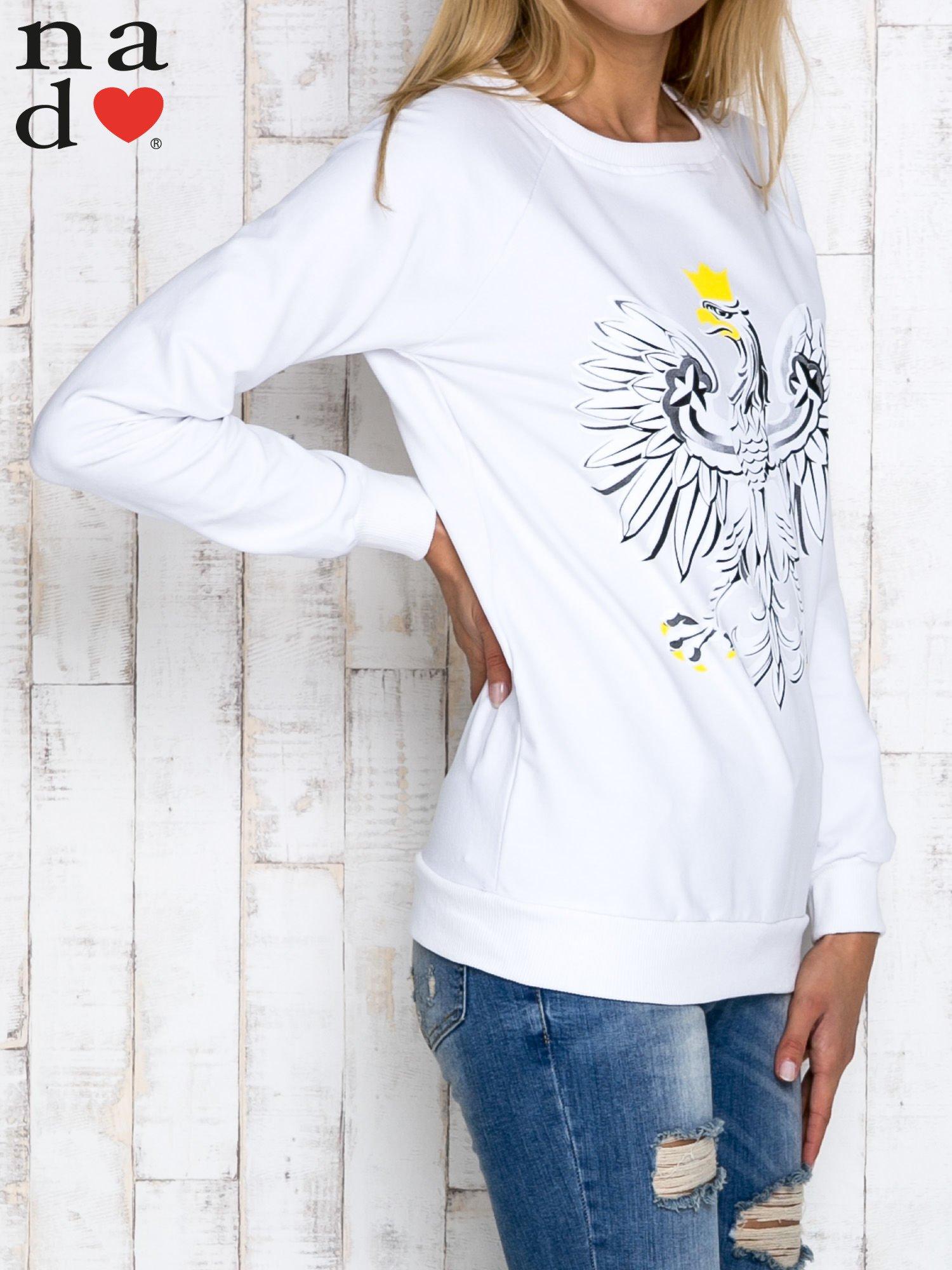 Biała bluza z godłem                                  zdj.                                  3