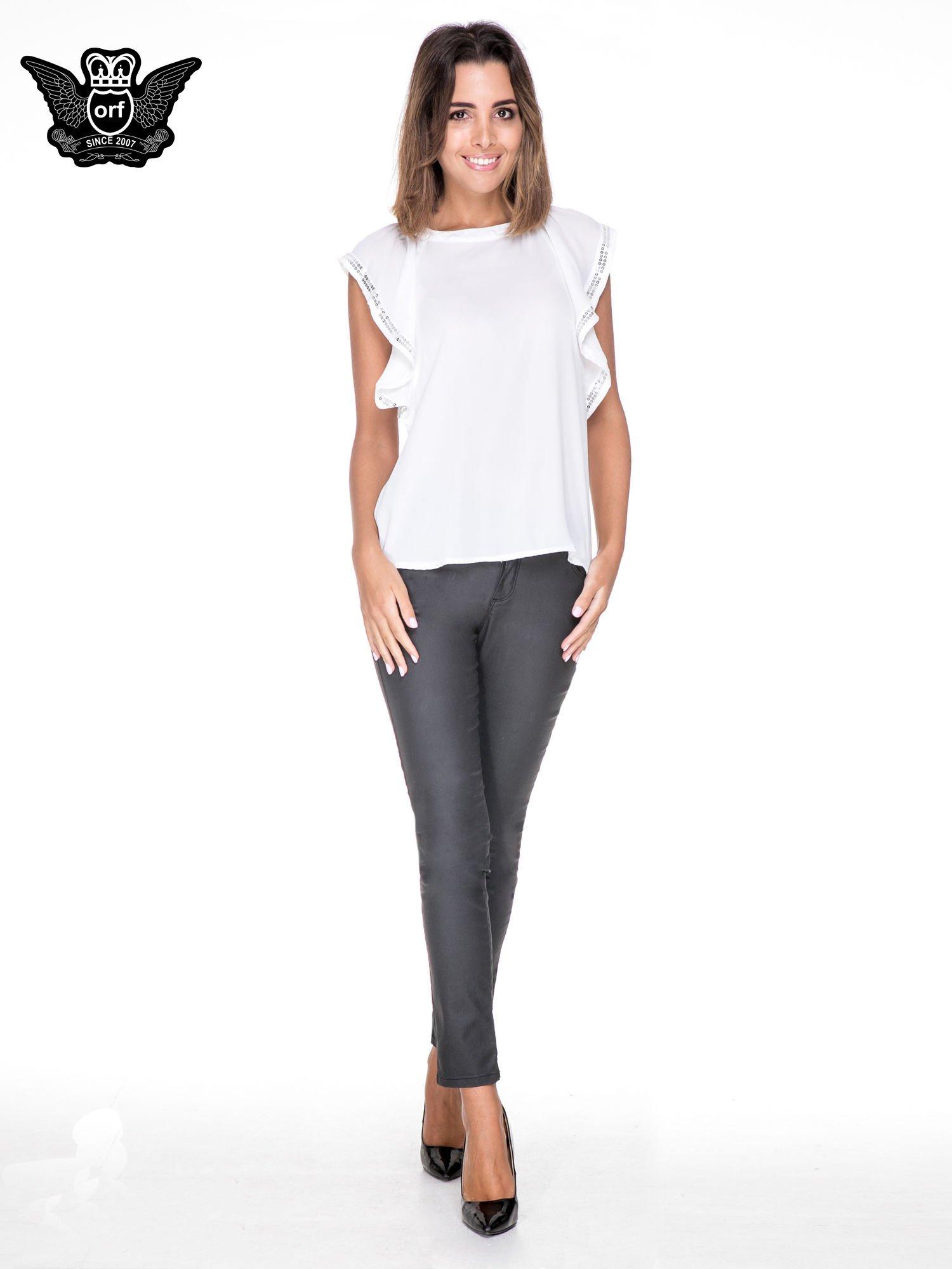 Biała bluzka koszulowa motylek z cekinami                                  zdj.                                  2