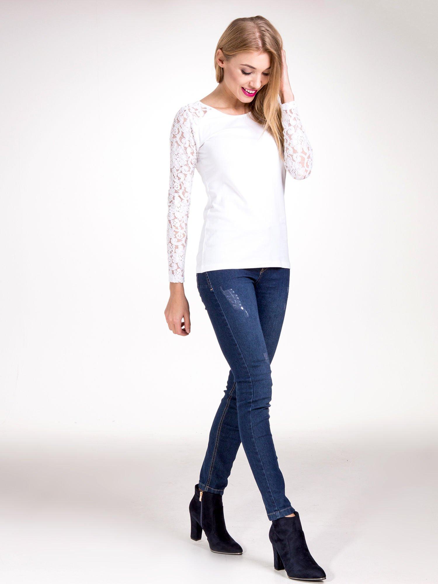 Biała bluzka z koronkowymi rękawami                                  zdj.                                  9