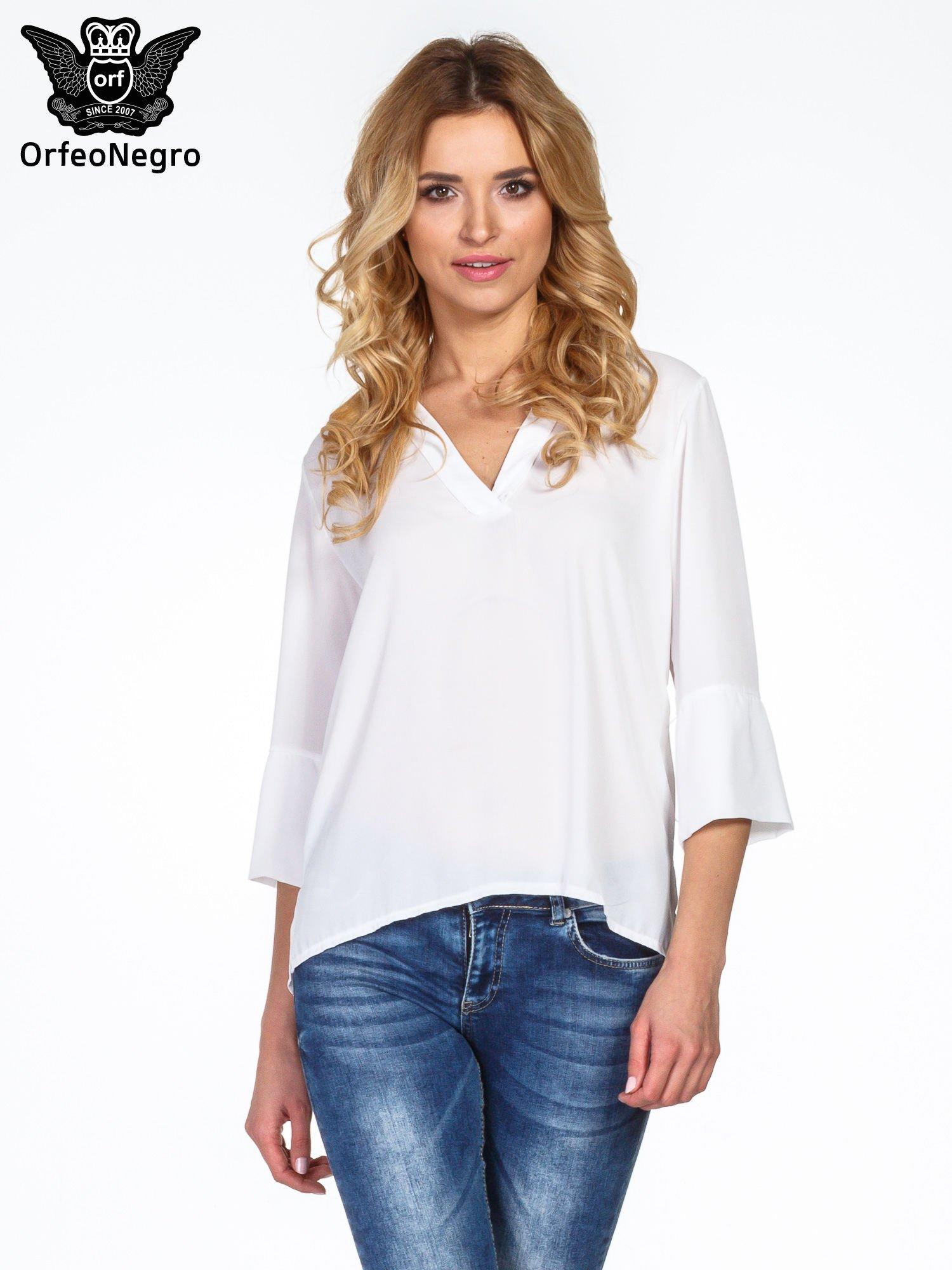 Biała koszula z dłuższym tyłem i rękawkami 3/4                                  zdj.                                  1