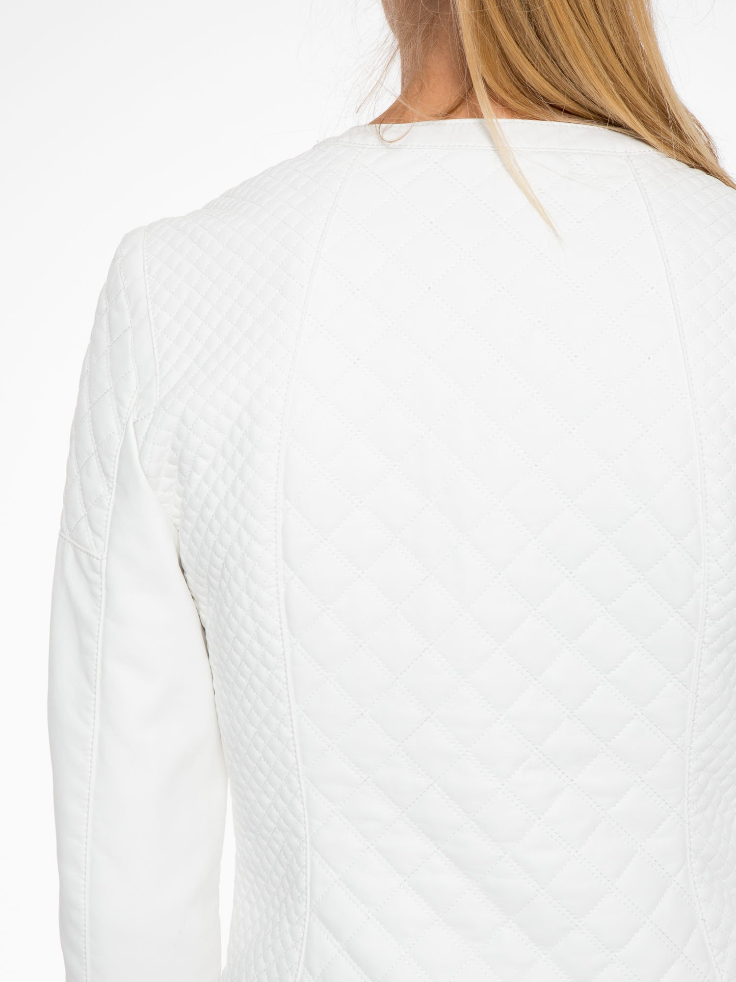 Biała pikowana kurtka ze skóry                                  zdj.                                  9
