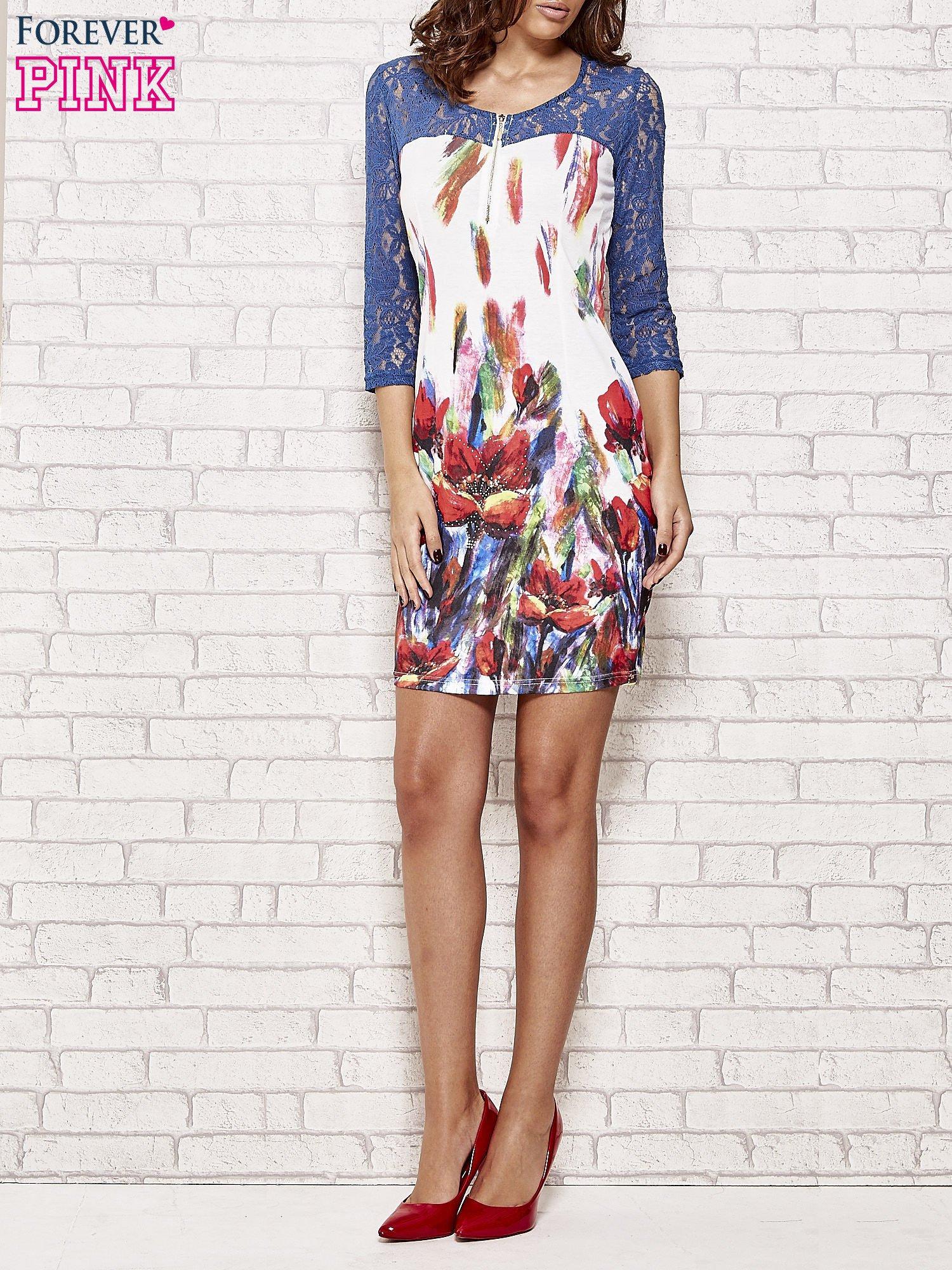 Biała sukienka w kwiaty z koronkowym karczkiem                                  zdj.                                  4